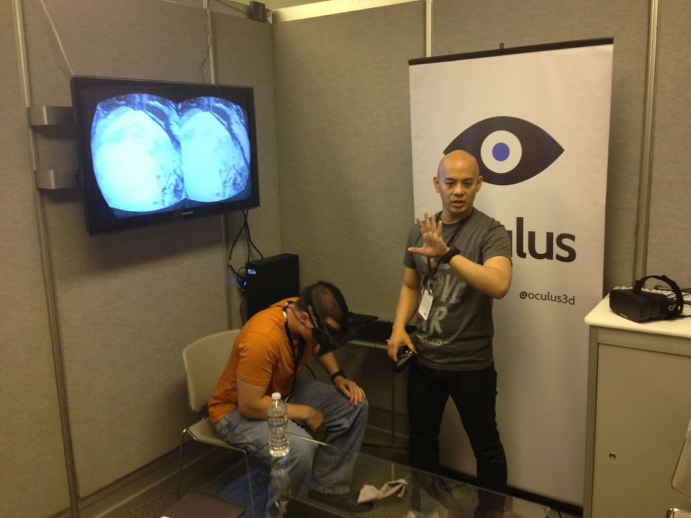 Oculus' Joseph Chen gives a Rift demo at E3 2013
